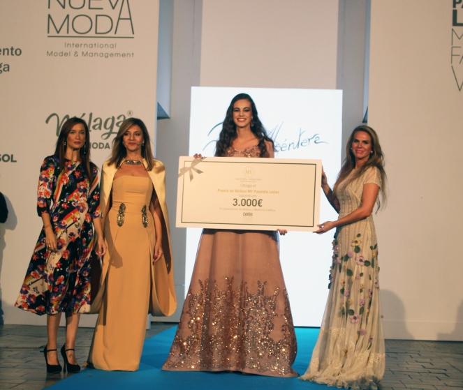 1 Premio Mejor Modelo MY